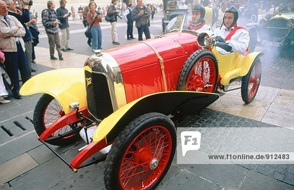 Barcelona-Sitges Oldtimer Rallye. Spanien