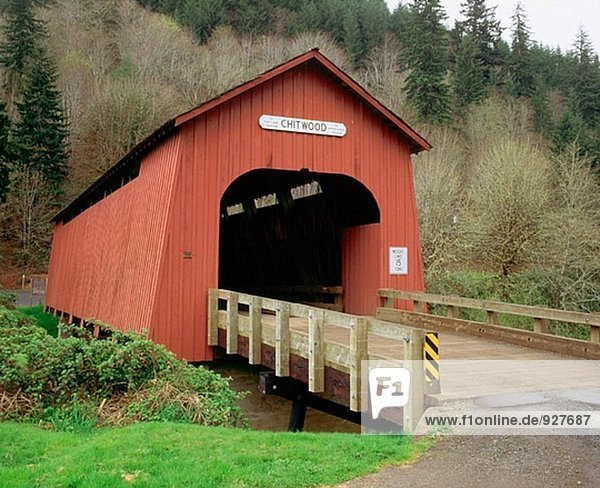 Chitwood covered bridge over Yaquina River. Oregon. USA