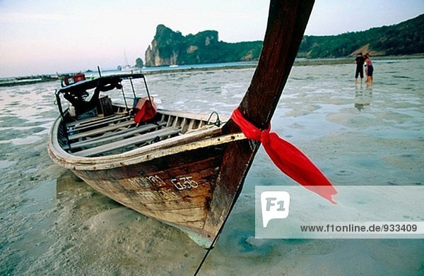 Ao Lo Dalam Strand auf der Insel Ko Phi Phi. Thailand