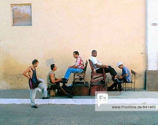 Shoeblacks in Trinidad. Cuba.