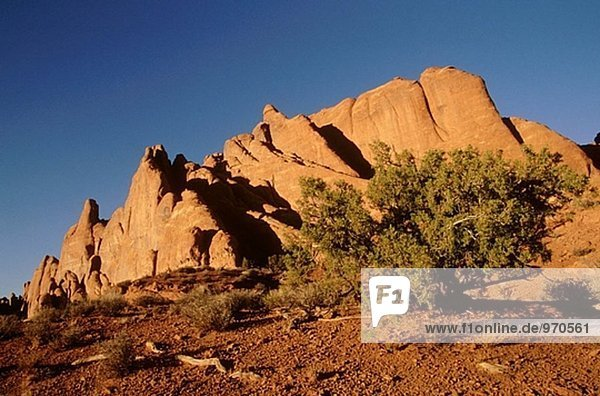 Sunsuet im Arches National Park in Utah  USA