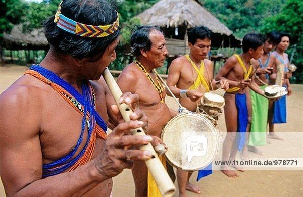 Emberá Indianer. Chagres Nationalpark. Panama
