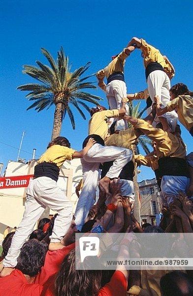 ´Castellers´ Human Türme Builders  eine katalanische Tradition. Rubí. Provinz Barcelona  Spanien
