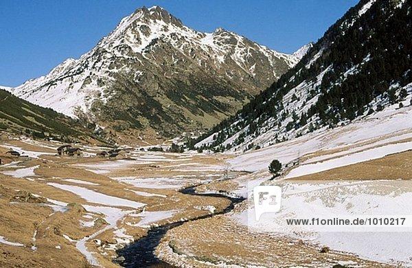 Incles Tal. Andorra.