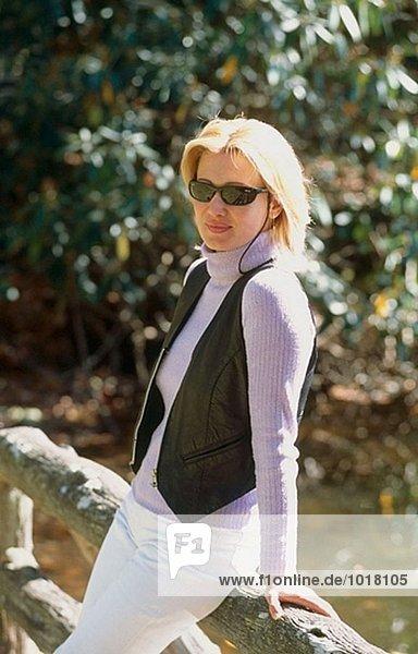 Frau Sonnenbrillen