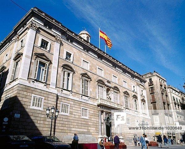 Fassade der Palau De La Generalitat von Pere Blai. Plaça de Sant Jaume. Barcelona.