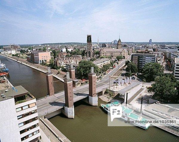 Ruhr Gebiet  Nordrhein-Westfalen  Stadtansicht  Schwanentor Brücke  Duisburg  Deutschland Ruhr Gebiet, Nordrhein-Westfalen, Stadtansicht, Schwanentor Brücke, Duisburg, Deutschland