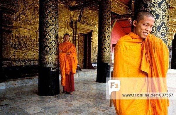 Jungen Mönche in Wat Mai. Luang Prabang. Laos