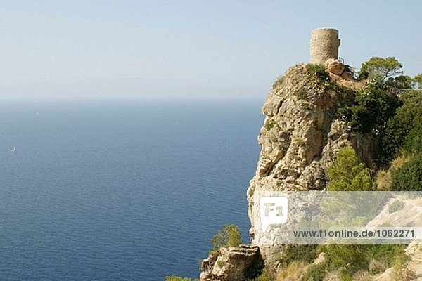 SES Animes Turm  Aussichtsturm gebaut Jahrhundert. Banyalbufar. Mallorca  Balearen. Spanien