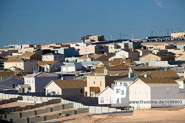 New tract houses  Albuquerque suburbs. Bernalillo. New Mexico  USA