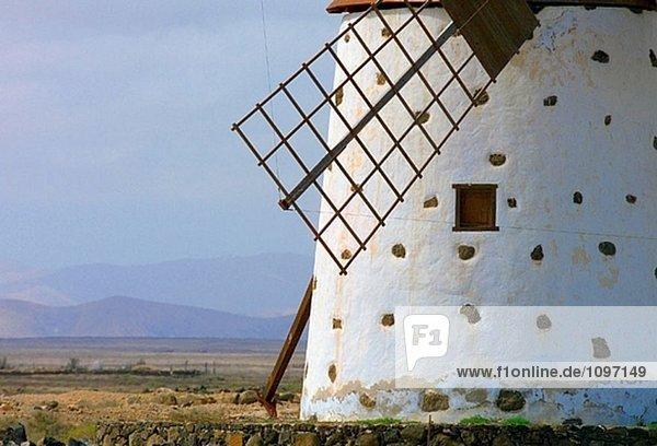 Windmühle in Roque  in der Nähe von El Cotillo. Fuerteventura. Kanarischen Inseln. Spanien