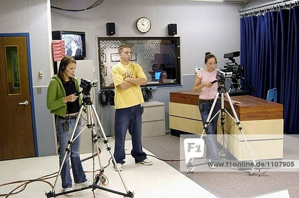 High school TV production class produces interview of educators aired on local cable network.
