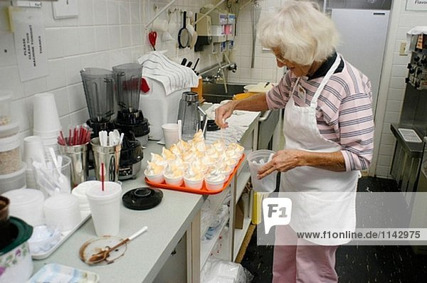 Orange Toppings für Pudding machen in gewerbliche Küche