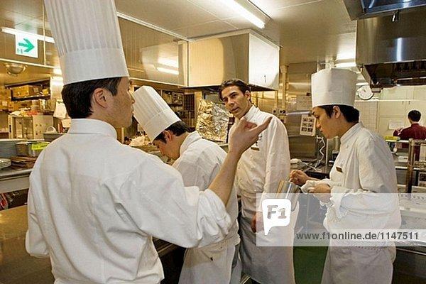 Restaurant Les Saisons Ausführen von französischen Chef Thierry Voisin von ´Les Crayeres´ in Reims. Imperial Hotel. Marunouchi. Tokio. Japan