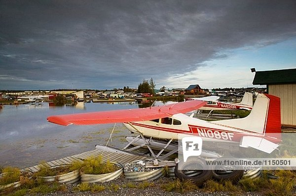 Lake Hood Air Harbor. World´s verkehrsreichsten Schwimmerflugzeugen Base. Anchorage. Alaska. USA.