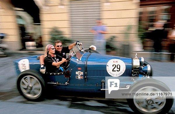 ´Mille Miglia´ historischen Rennen entlang Italien in Via Mazzini. Arezzo. Toskana. Italien.