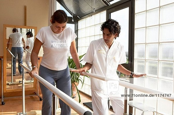 Physiotherapie  Rehabilitation  Barren. Hospital Universitario Gran Canaria Arzt Negrin  Las Palmas de Gran Canaria. Kanarische Inseln  Spanien