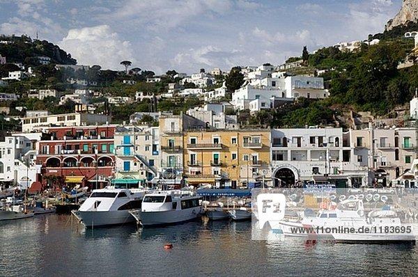 Hafen sehen Stadt Fähre Bucht Kampanien Capri Italien Neapel Sorrento