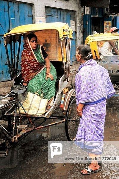 Strassenszene,  Menschen. Puri. Orissa. Indien.