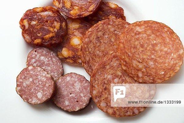 Italienische Paprikasalami  Kabanossi und Kochsalami
