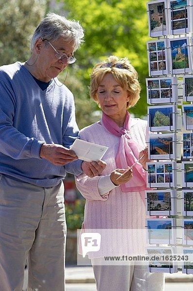 Alte Leute,Aussen,Brille,CD289031,Dreiviertelansicht