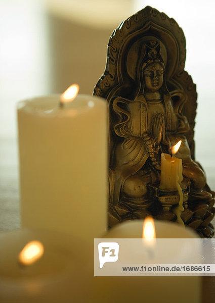 Kerzen und effigy