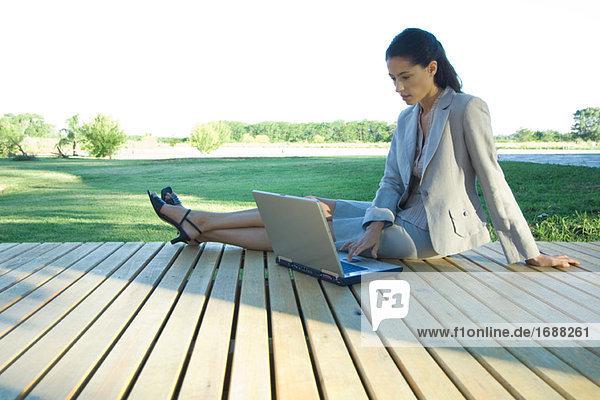 Notebook benutzt Laptop