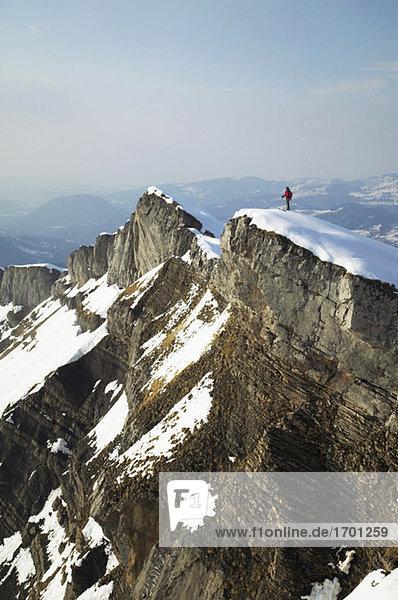 Österreich  Kleinwalsertal  Skifahren in den Alpen