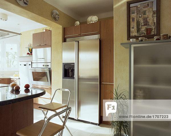 Küche Schrank Ansicht Metall