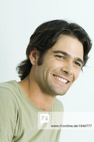 Mann lächelnd  Portrait