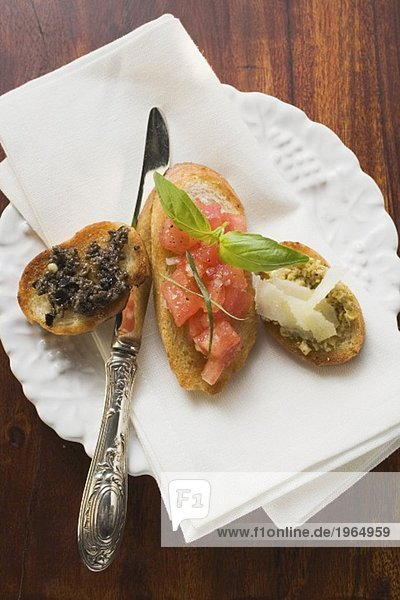 Bruschetta und Crostini