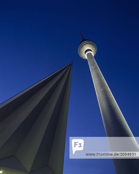 Deutschland  Berlin  Alexanderplatz  Fernsehturm Nachtaufnahme Deutschland, Berlin, Alexanderplatz, Fernsehturm Nachtaufnahme