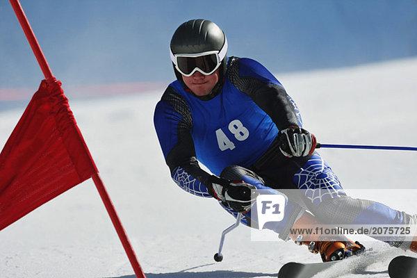 Riesenslalom Skifahrer