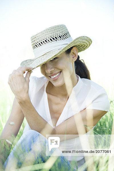 Frau im Feld  halten Edge Hut