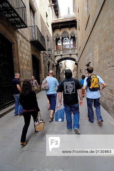 Carrer del Bisbe  gotischen Viertel  Barcelona. Katalonien  Spanien