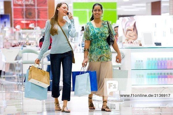 Einkaufs- und sprechen