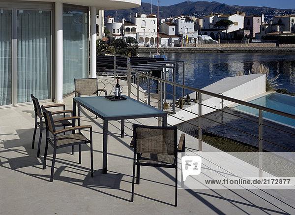 Ansicht Terrasse Anordnung Tisch