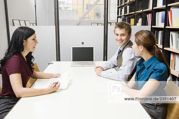 Junge Unternehmer treffen