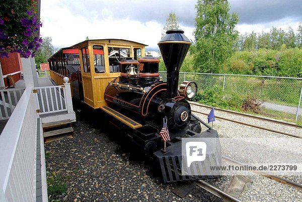 Native Village und Railroad im Pioneer Park Fairbanks Alaska Alaska Highway ALCAN Al-Can U S USA