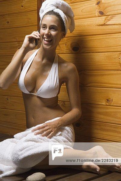 frau sauna