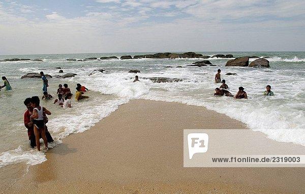 Zusammenfluss der drei Meere Kanyakumari  Tamil Nadu  Indien.