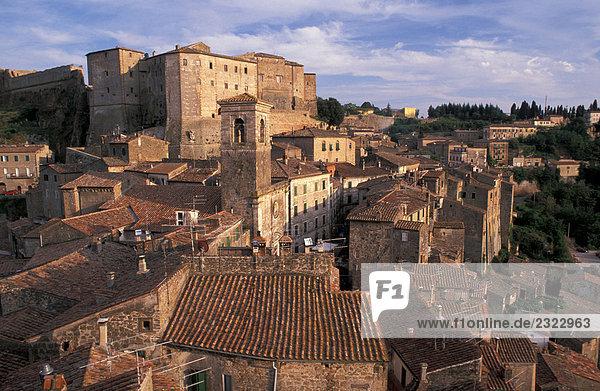 Italien  Toskana  Sorano Ansicht der Stadt