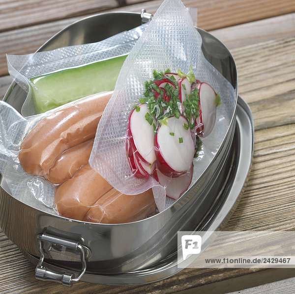 Lebensmittel  vakuumverpackt  Nahaufnahme