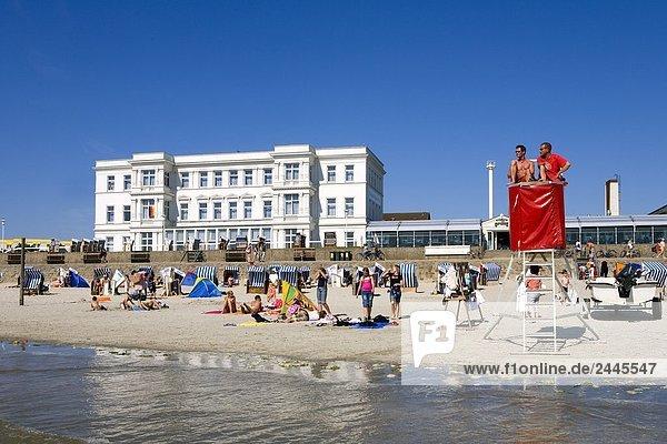 Tourists on beach  Western Beach  Lower Saxony  Germany
