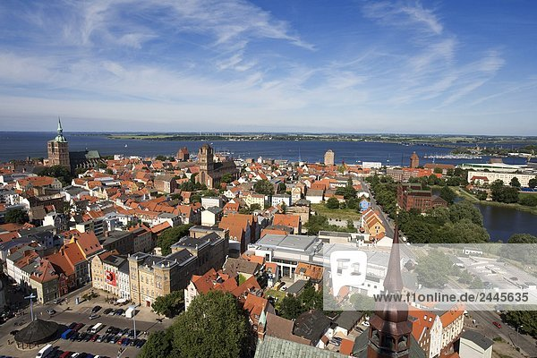 Houses in town with church in background  St. Nikolai Russian Church  Stralsund  Rugen  Mecklenburg-West Pomerania  Germany