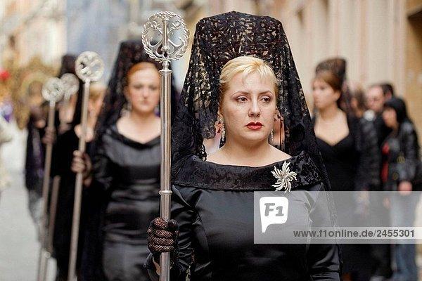 Frau Tradition Heiligkeit Andalusien Malaga Prozession Spanien Woche