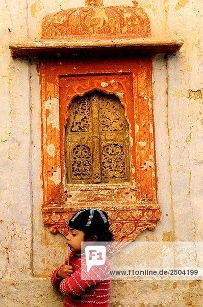 niedlich süß lieb Wohnhaus Großstadt Spiel Indien indische Abstammung Inder Jaisalmer alt Rajasthan