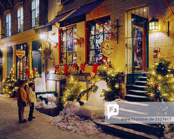 Petit Champlain Street zu Weihnachten  Québec  Kanada