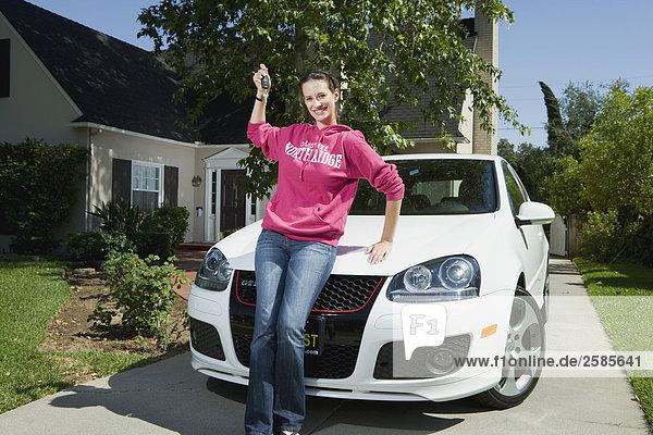 hoch oben binden halten Schlüssel Hochschule Mädchen neu VW
