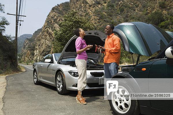 halten BMW Batterie Küfer